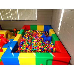 Extra Large Ball Pit (9'X7′) – 11'X11′ space required for set up