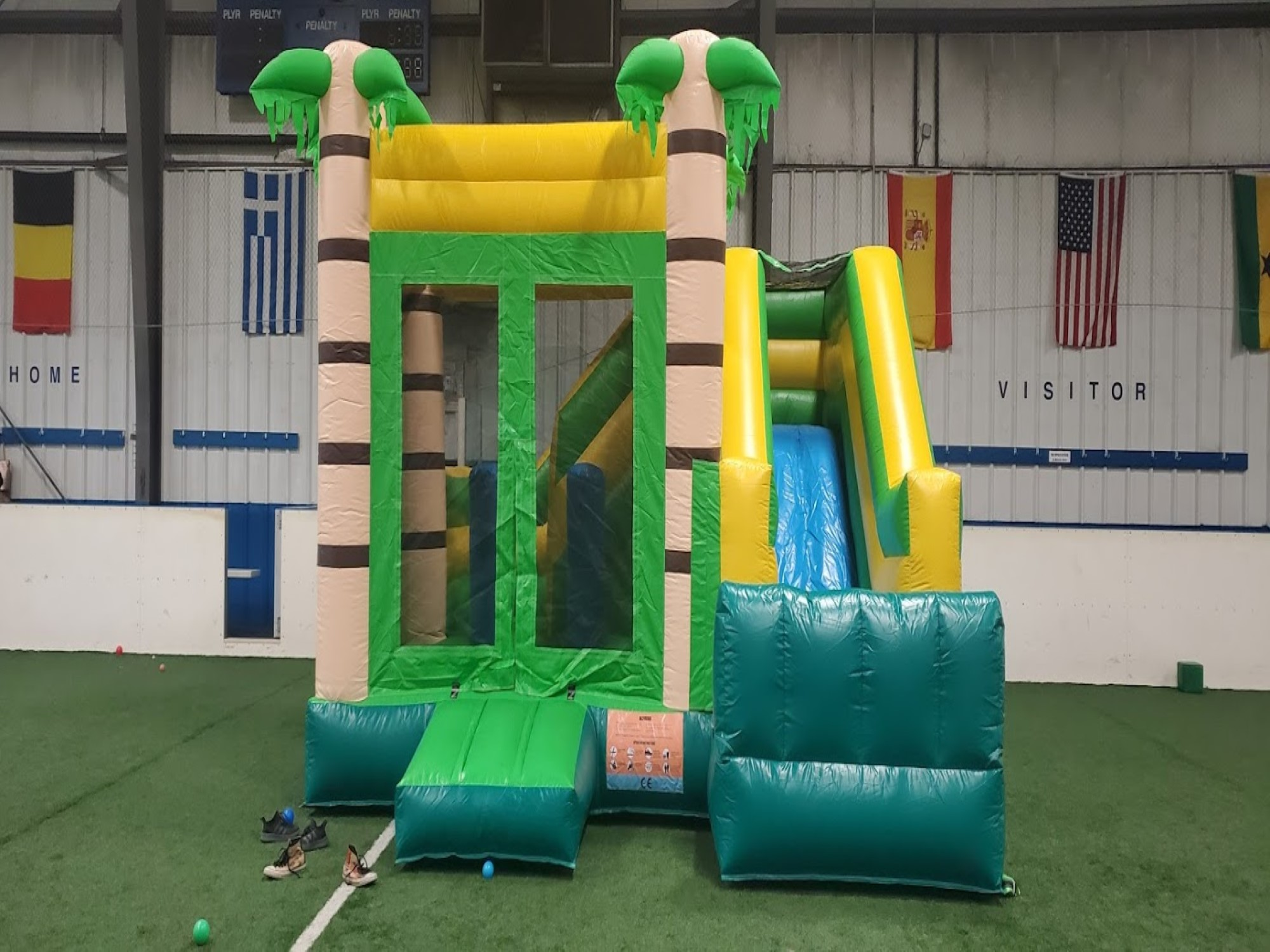Commercial bounce house resize