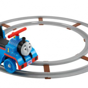 Train ride-on with tracks